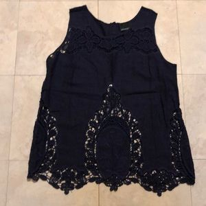 Cynthia Rowley NWOT Navy linen and lace top.